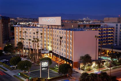 Featured Image | Four Points by Sheraton Los Angeles International Airport