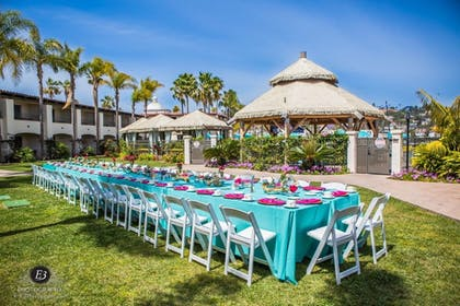 Outdoor Wedding Area | Kona Kai Resort & Spa, A Noble House Resort