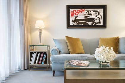 | Studio Suite + Superior Room | 2 Double Beds | Luxe Rodeo Drive Hotel