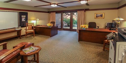 Business Center | The Lodge at Torrey Pines