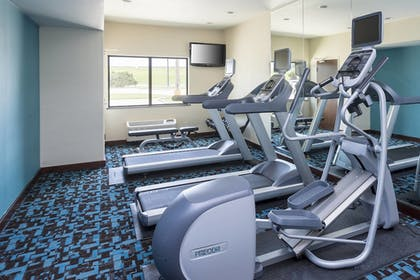 Fitness Facility | Fairfield Inn & Suites Victoria