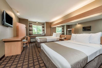 Guestroom | Microtel Inn & Suites by Wyndham West Chester
