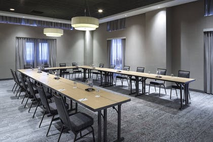 Meeting Facility | Courtyard by Marriott Omaha Downtown