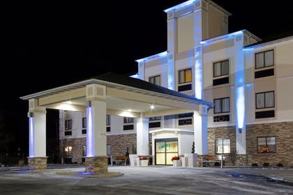 Exterior | Holiday Inn Express Adrian