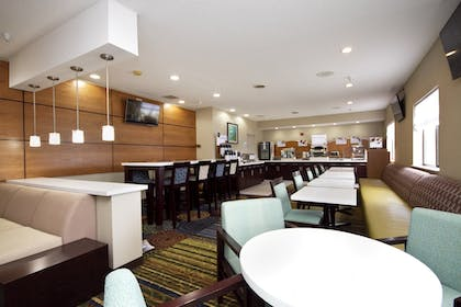 Restaurant | Holiday Inn Express Adrian