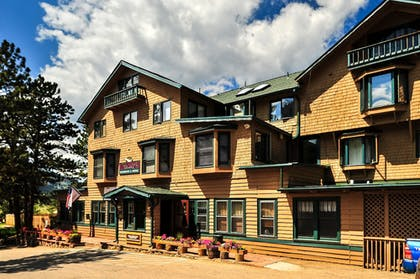 Hotel Front   The Historic Crags Lodge by Diamond Resorts