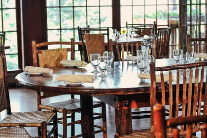 Restaurant   The Historic Crags Lodge by Diamond Resorts