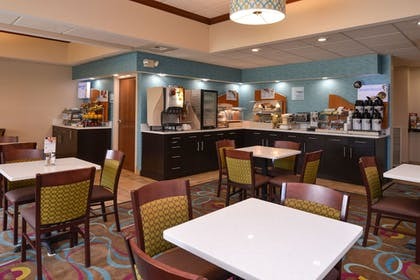 Restaurant | Holiday Inn Express Hotel Dayton-Huber Heights