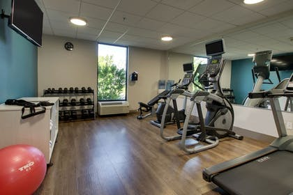 Fitness Facility | Holiday Inn Express & Suites Lebanon