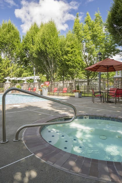 Outdoor Spa Tub | TownePlace Suites by Marriott Portland Hillsboro