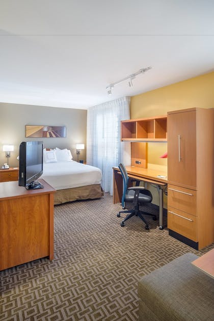 Guestroom   TownePlace Suites by Marriott Portland Hillsboro