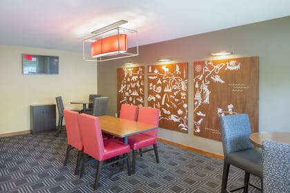 Lobby | TownePlace Suites by Marriott Portland Hillsboro
