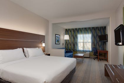Guestroom | Holiday Inn Express Orlando International Airport