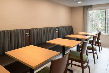 Restaurant | Fairfield Inn & Suites by Marriott Fort Collins/Loveland