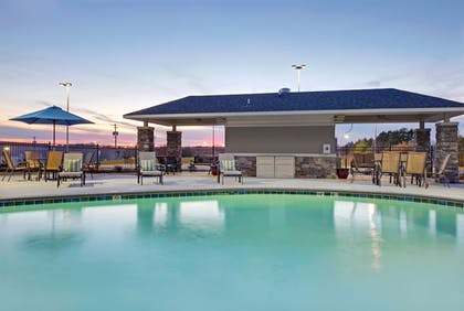 Pool | Holiday Inn Express Monticello