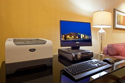 Miscellaneous | Holiday Inn Express Hotel & Suites Cleveland-Streetsboro