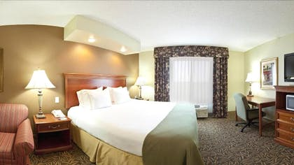 Guestroom | Holiday Inn Express Hotel & Suites Columbus