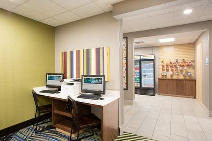 Business Center | Holiday Inn Express Hotel & Suites Columbus