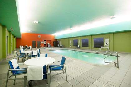 Pool | Holiday Inn Express Hotel & Suites Columbus