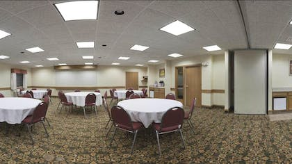 Meeting Facility | Baymont by Wyndham Portage Indiana Dunes