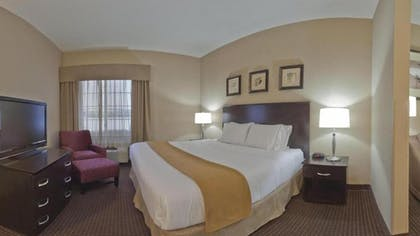 Guestroom | Holiday Inn Express Hotel & Suites Ashtabula-Geneva
