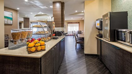 Breakfast Area | Best Western Plus Sanford Airport/Lake Mary Hotel