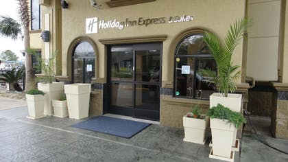 Exterior | Holiday Inn Express & Suites Houston North Intercontinental