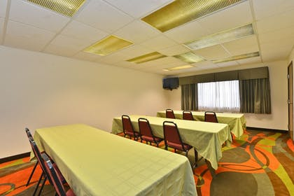 Meeting Facility | Ramada by Wyndham Platte City KCI Airport