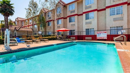 Pool | SureStay Plus Hotel by Best Western Rocklin