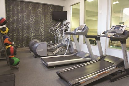 Fitness Facility | La Quinta Inn & Suites by Wyndham Portland Airport