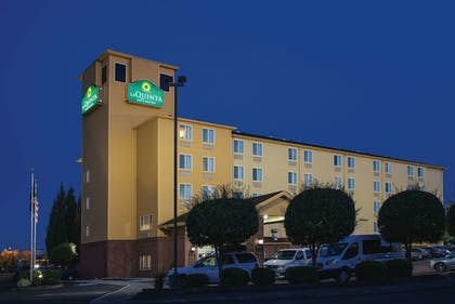 Featured Image | La Quinta Inn & Suites by Wyndham Portland Airport