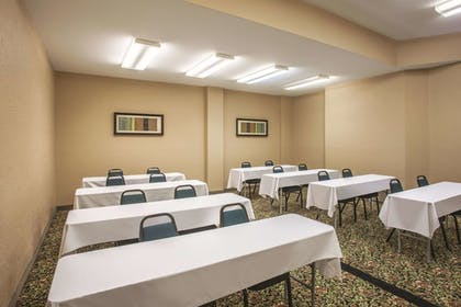 Meeting Facility | La Quinta Inn & Suites by Wyndham Portland Airport