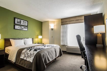 Guestroom | Sleep Inn Airport