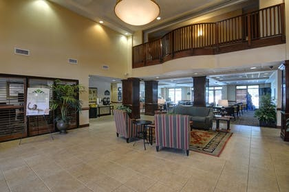 Lobby Sitting Area | Wingate by Wyndham Charlotte Airport South/ I-77 Tyvola Road