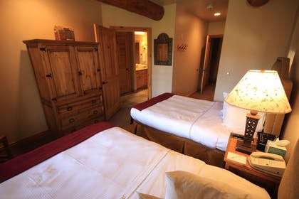 Guestroom | Mountain Lodge Telluride