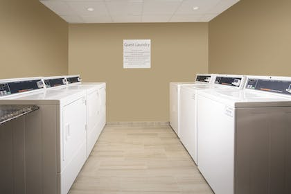 Laundry Room | Holiday Inn Express & Suites College Park-University Area