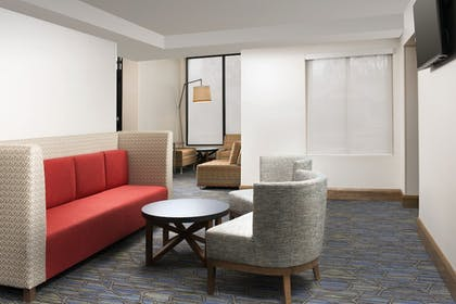Lobby | Holiday Inn Express & Suites College Park-University Area