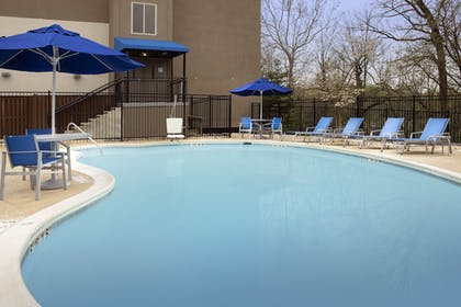 Outdoor Pool | Holiday Inn Express & Suites College Park-University Area