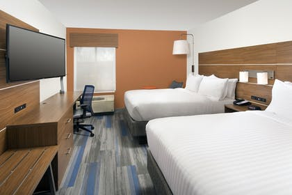 Guestroom | Holiday Inn Express & Suites College Park-University Area