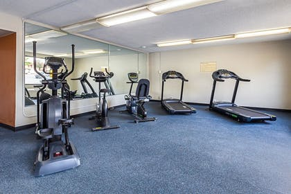 Fitness Facility | Clarion Inn & Suites Near Downtown