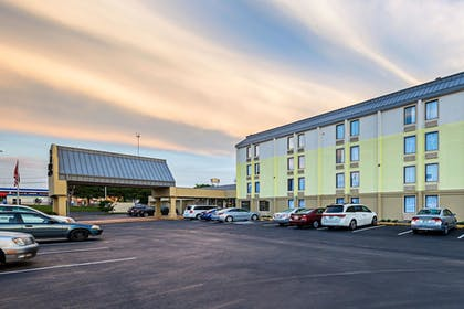 Exterior | Clarion Inn & Suites Near Downtown