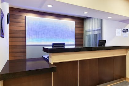 Reception | Fairfield Inn & Suites Youngstown Boardman/Poland