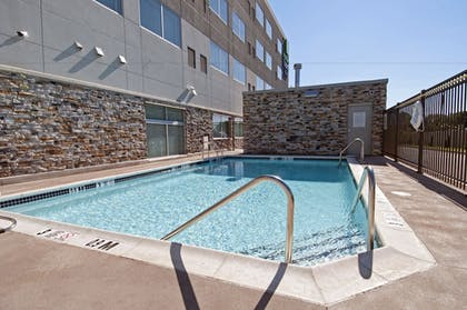 Pool | Holiday Inn Express & Suites Johnstown