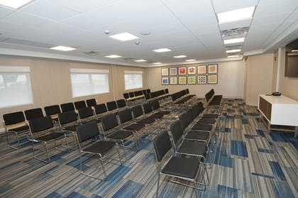 Meeting Facility | Holiday Inn Express & Suites Johnstown