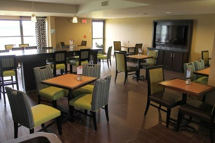 Restaurant | Holiday Inn Express Harlingen