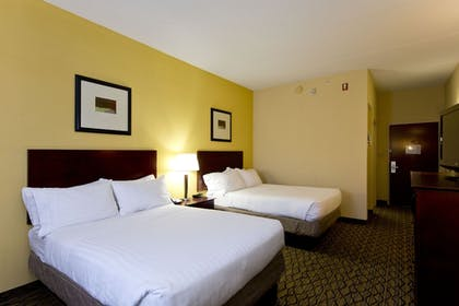 Room | Holiday Inn Express Winchester South-Stephens City