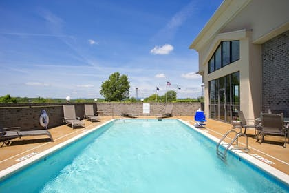 Pool | Holiday Inn Express Winchester South-Stephens City