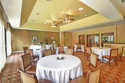 Dining | Peachtree City Atlanta Hotel & Conference Center