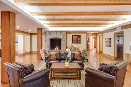 Fireplace | Heritage Hotel, Golf, Spa & Conference Center, BW Premier Collection