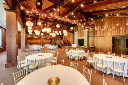 Ballroom | Heritage Hotel, Golf, Spa & Conference Center, BW Premier Collection
